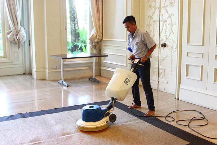 5 Tips Memilih Jasa Cuci Karpet Kantor