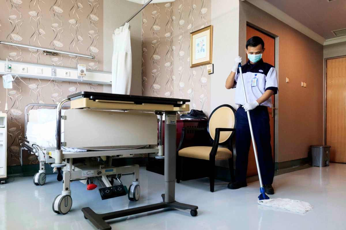 Cleaning Service Rumah Sakit Hes Indonesia