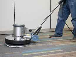 Cuci Karpet Kantor dengan Mesin Polisher